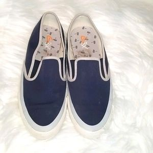 GBX slip on shoes
